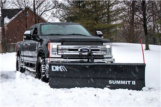 Detail K2 Summit Elite snow plow outside