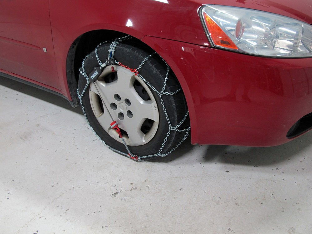 Thule Self Tensioning Snow Tire Chains Diamond Pattern