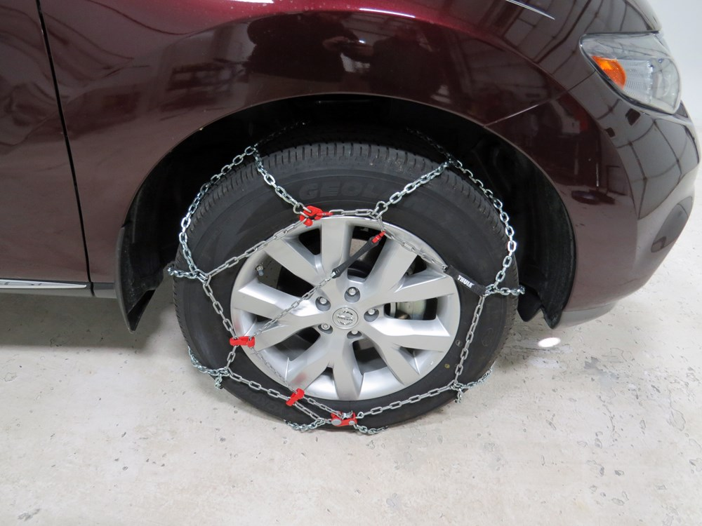 2010 nissan murano tire chains thule. Black Bedroom Furniture Sets. Home Design Ideas