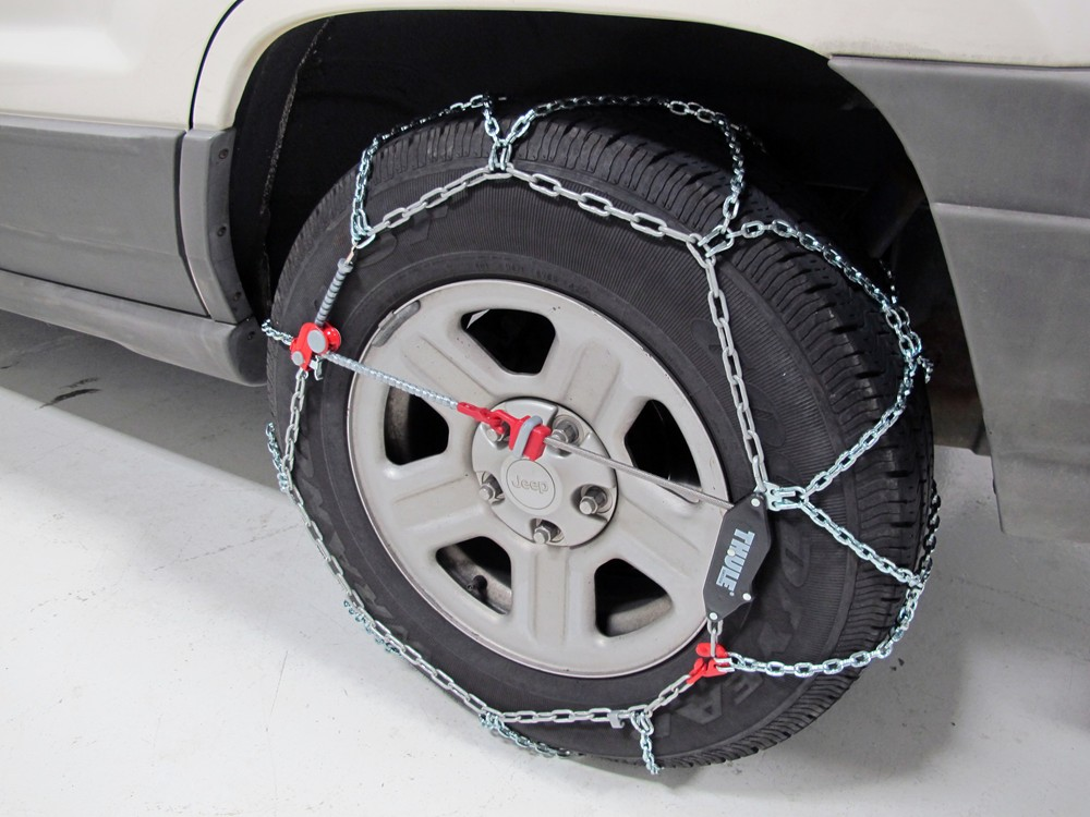 Jeep Grand Cherokee Tires >> Thule Self-Tensioning Snow Tire Chains - Diamond Pattern ...