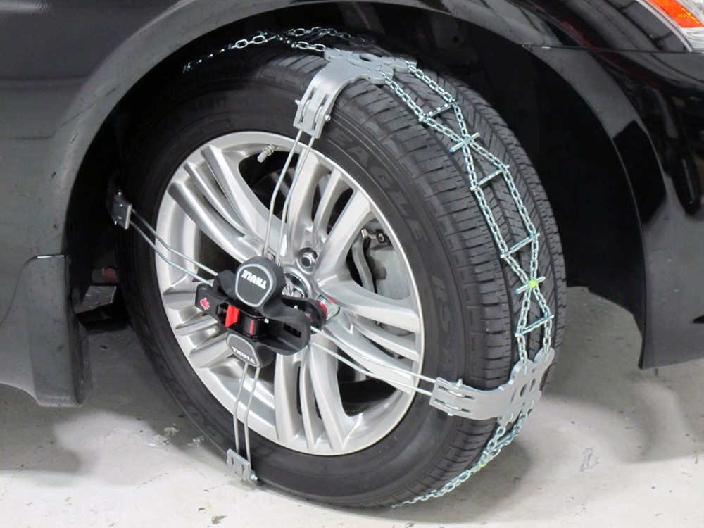2007 toyota tacoma tire chains thule. Black Bedroom Furniture Sets. Home Design Ideas