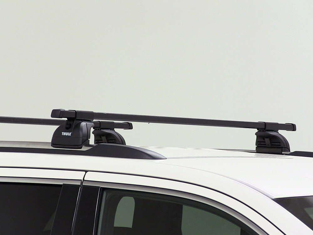 thule roof rack for 2015 tahoe by chevrolet. Black Bedroom Furniture Sets. Home Design Ideas