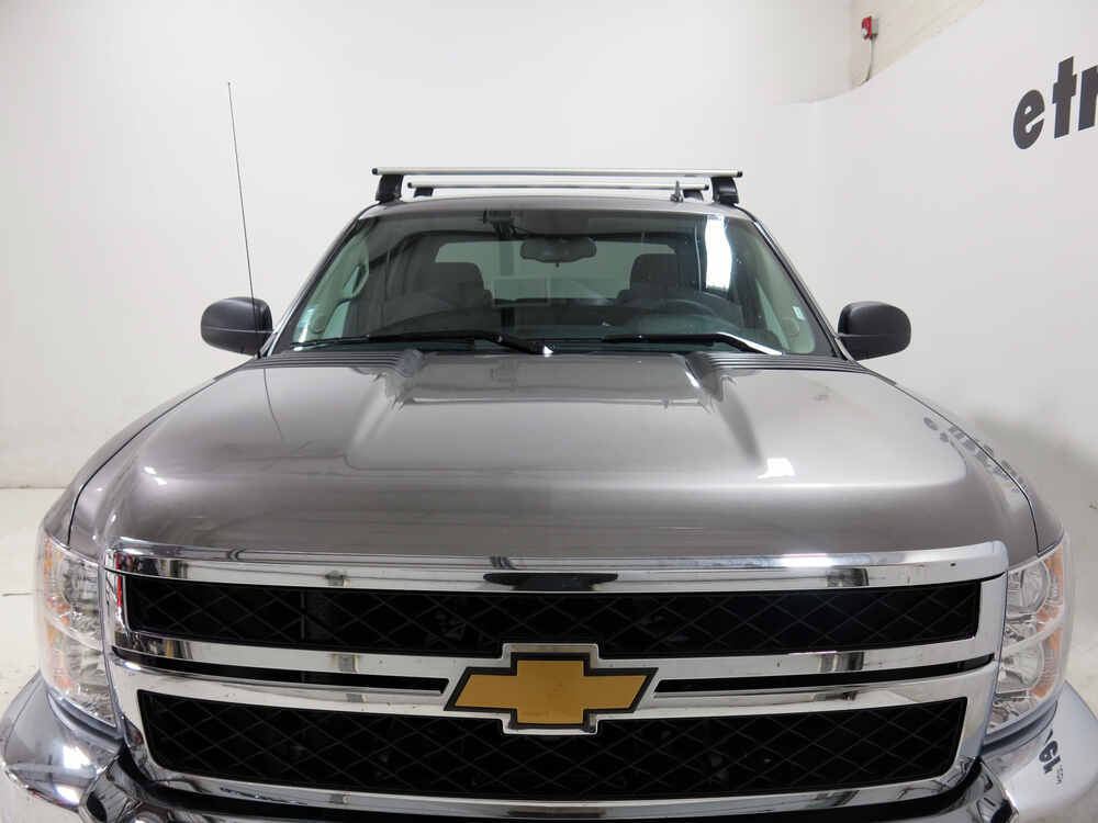 Thule Roof Rack For Chevrolet Silverado 2004 Etrailer Com
