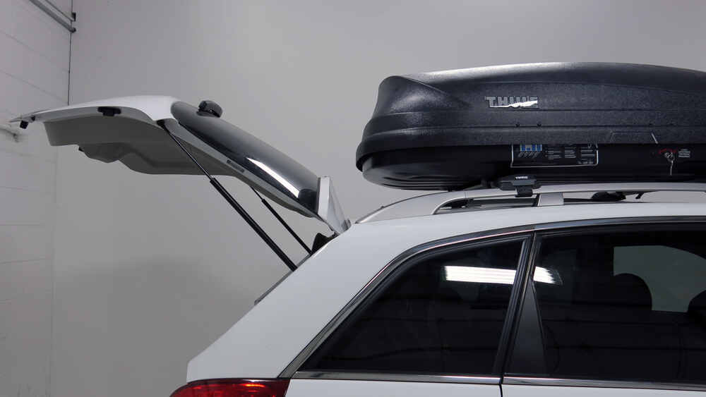 2003 Saturn Vue Thule Pulse Medium Rooftop Cargo Box 14