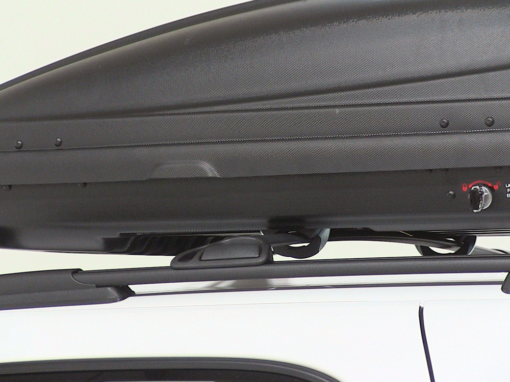 Thule Force XL Rooftop Cargo Box - 17 cu ft - AeroSkin ...