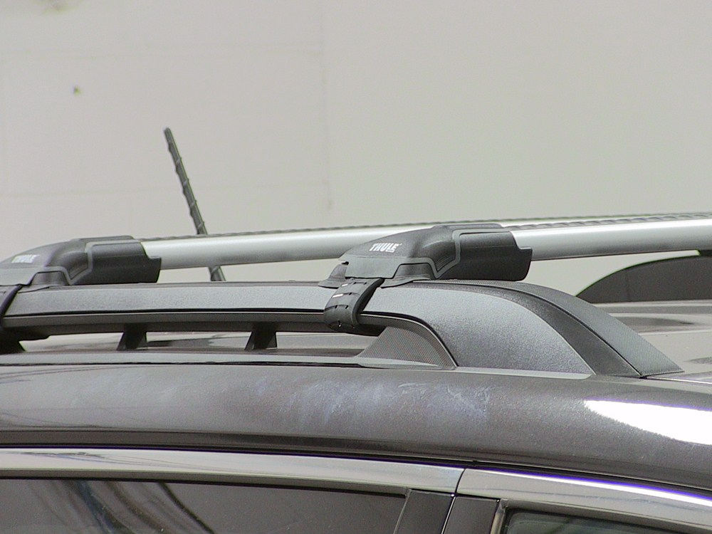 thule aeroblade edge roof rack for raised factory side. Black Bedroom Furniture Sets. Home Design Ideas