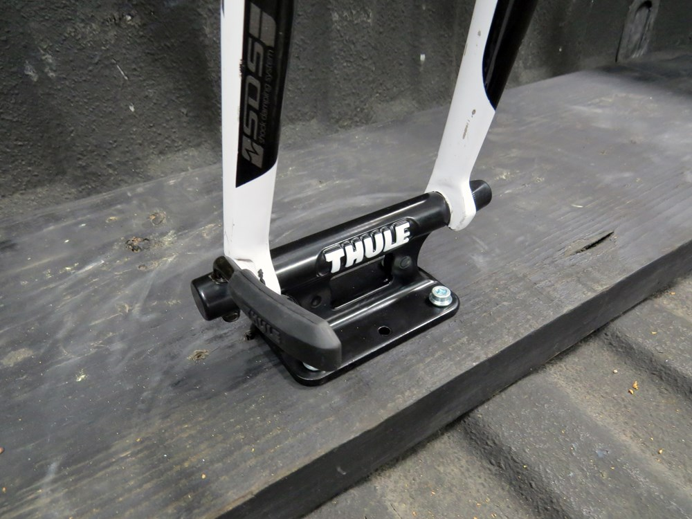 Thule Low Rider 821 Front fork mounted bike carrier