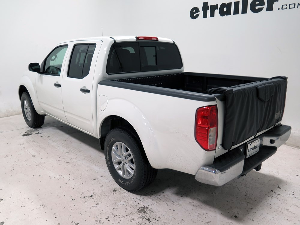 2016 nissan frontier thule gate mate tailgate pad and bike. Black Bedroom Furniture Sets. Home Design Ideas