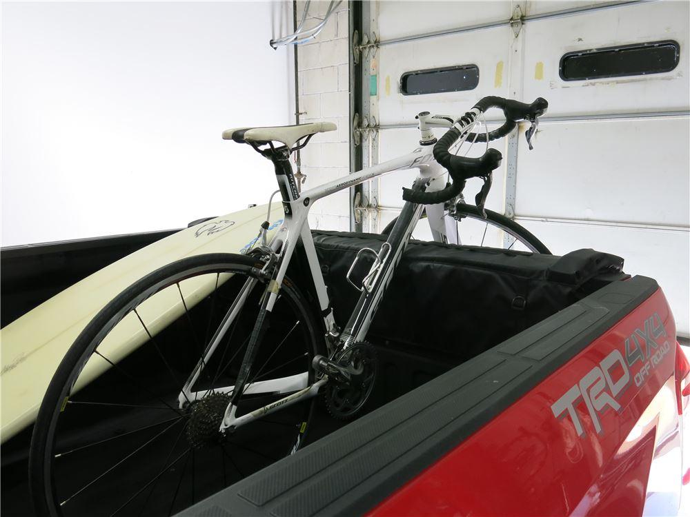 2016 Toyota Tundra Thule Gate Mate Tailgate Pad And Bike