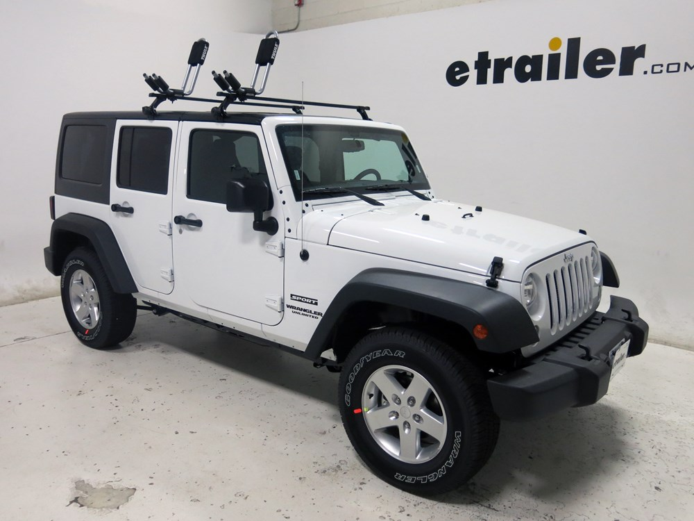 2015 Jeep Wrangler Unlimited Thule Hull A Port Kayak