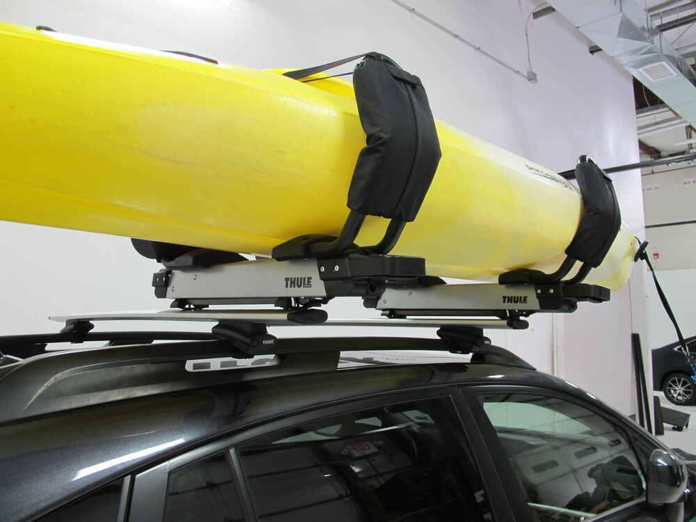 2016 Subaru Outback Wagon Thule Hullavator Pro Kayak