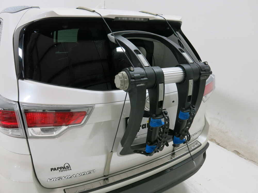 2016 Toyota Highlander Trunk Bike Racks Thule