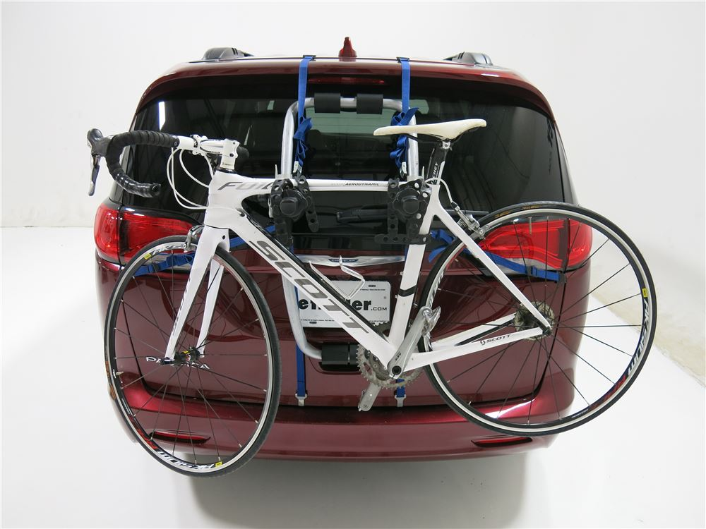 2005 Chrysler Pacifica Thule Gateway Xt 2 Bike Rack