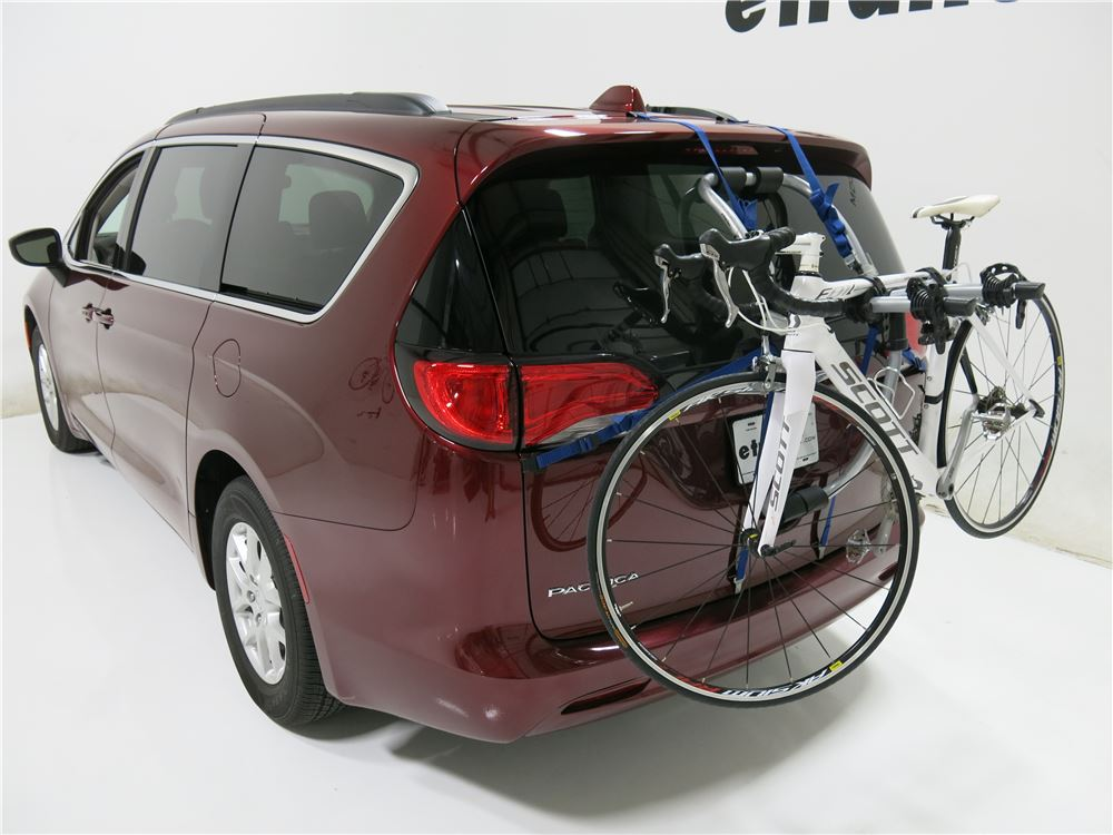 2017 Chrysler Pacifica Thule Gateway Xt 2 Bike Rack
