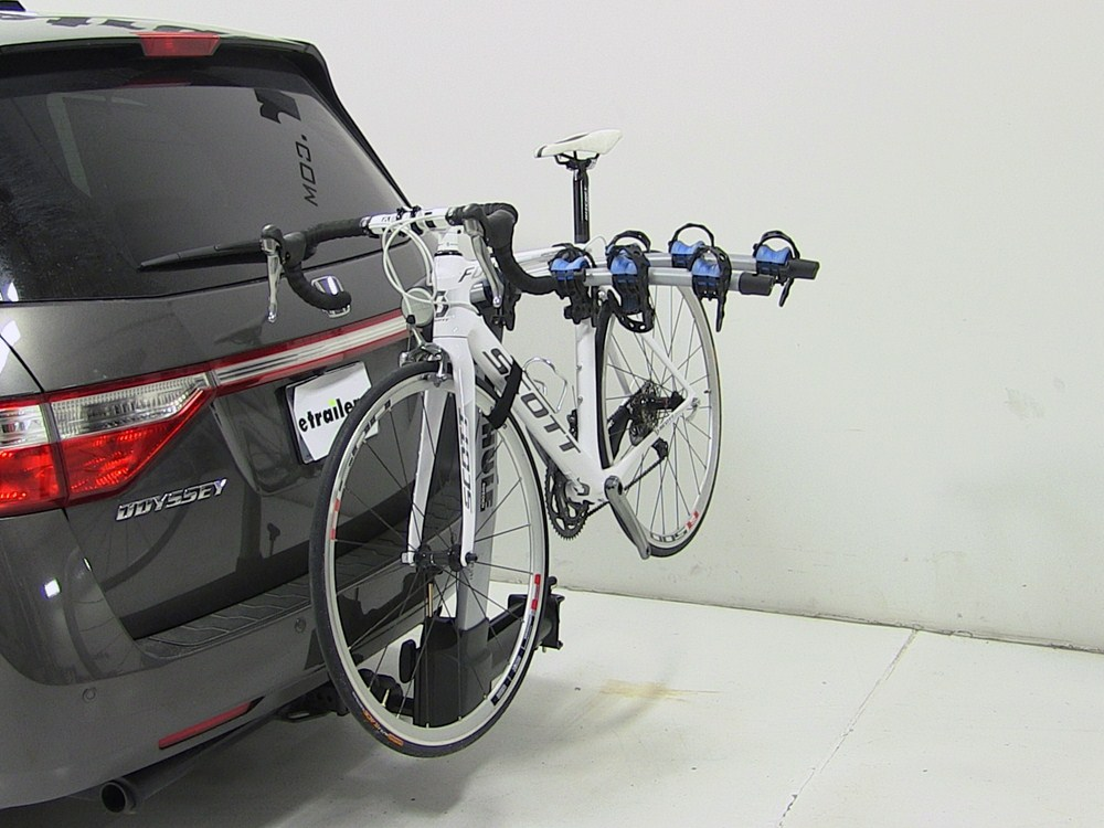 Thule Apex Swing 4 Bike Rack For 2 Quot Hitches Swinging