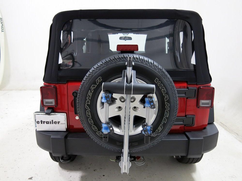 jeep wrangler thule helium aero 2 bike rack 1 1 4 and 2. Black Bedroom Furniture Sets. Home Design Ideas