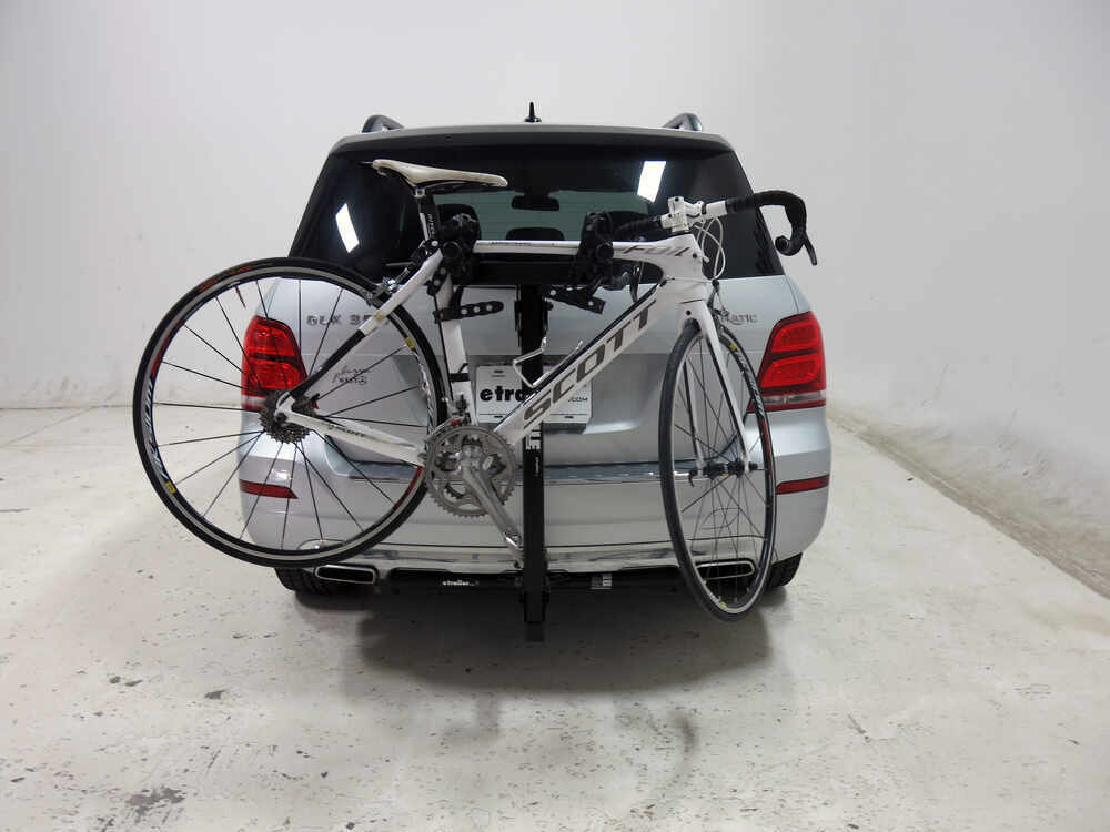 Mercedes benz glk class thule roadway 2 bike rack 1 1 4 for Mercedes benz bicycles