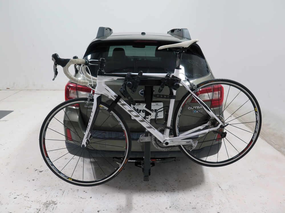 subaru impreza thule roadway  bike rack     hitches tilting