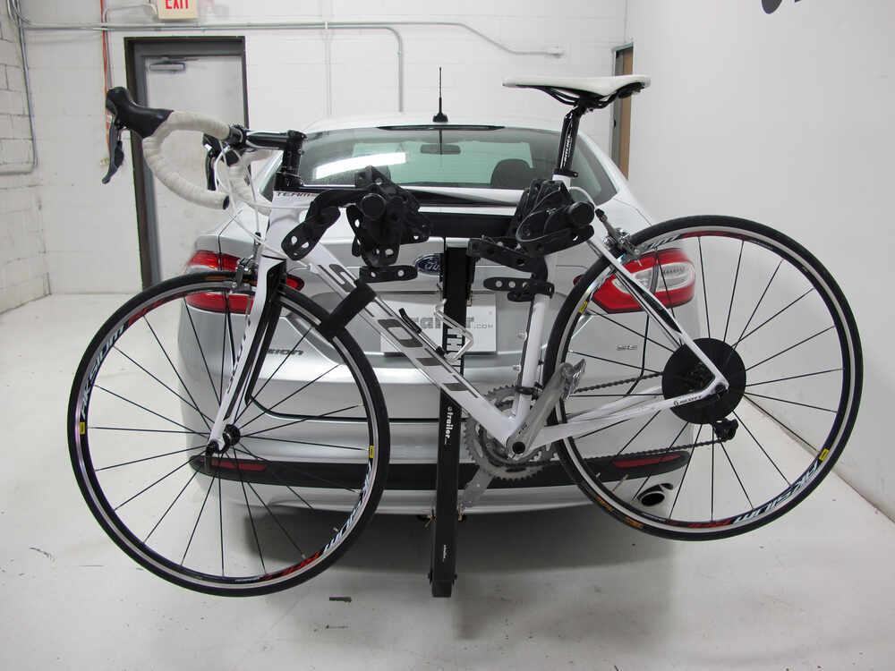 2012 mercedes benz e class thule hitching post pro for Mercedes benz bike rack