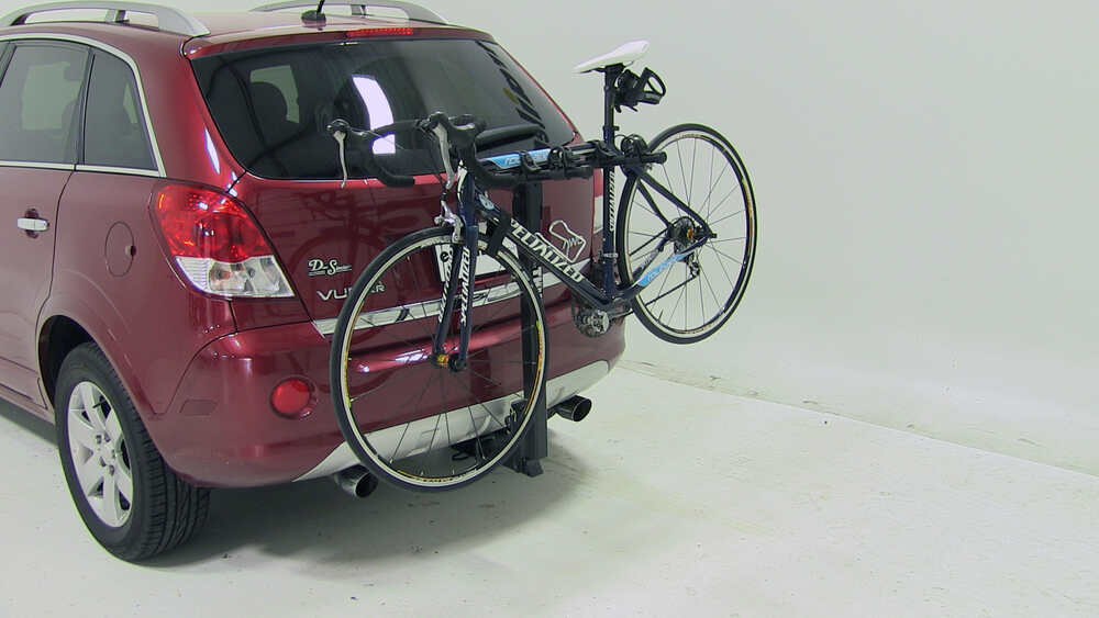 2009 saturn vue thule parkway 2 bike rack for 2 hitches tilting. Black Bedroom Furniture Sets. Home Design Ideas
