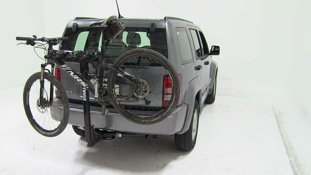 2012 jeep liberty thule parkway 2 bike rack for 2 hitches. Black Bedroom Furniture Sets. Home Design Ideas