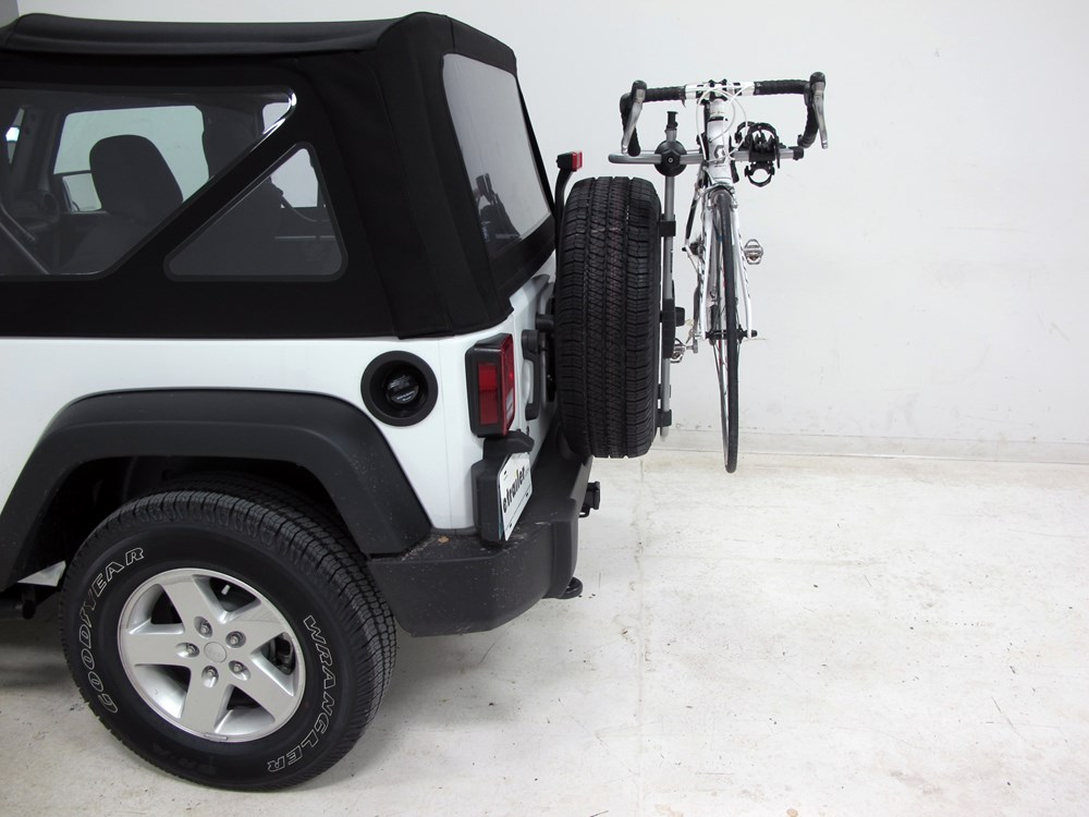 2013 Jeep Wrangler Thule Spare Me 2 Bike Rack Spare Tire