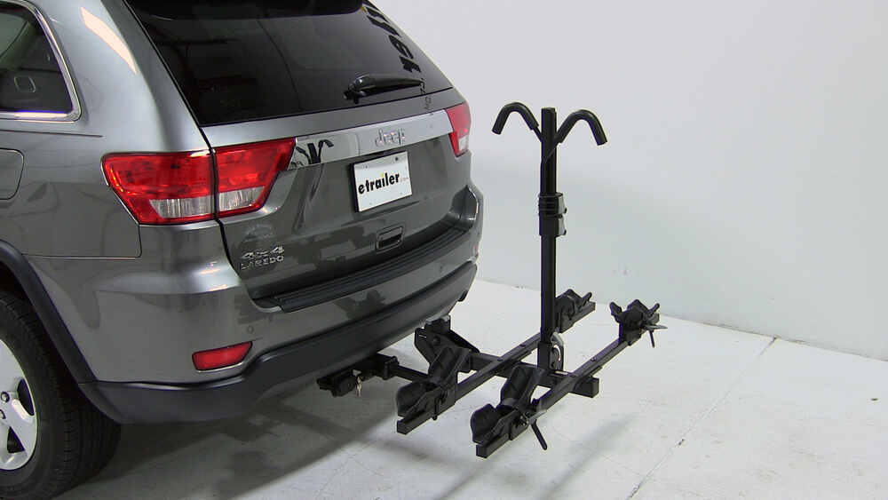 jeep grand cherokee thule doubletrack platform style 2. Black Bedroom Furniture Sets. Home Design Ideas