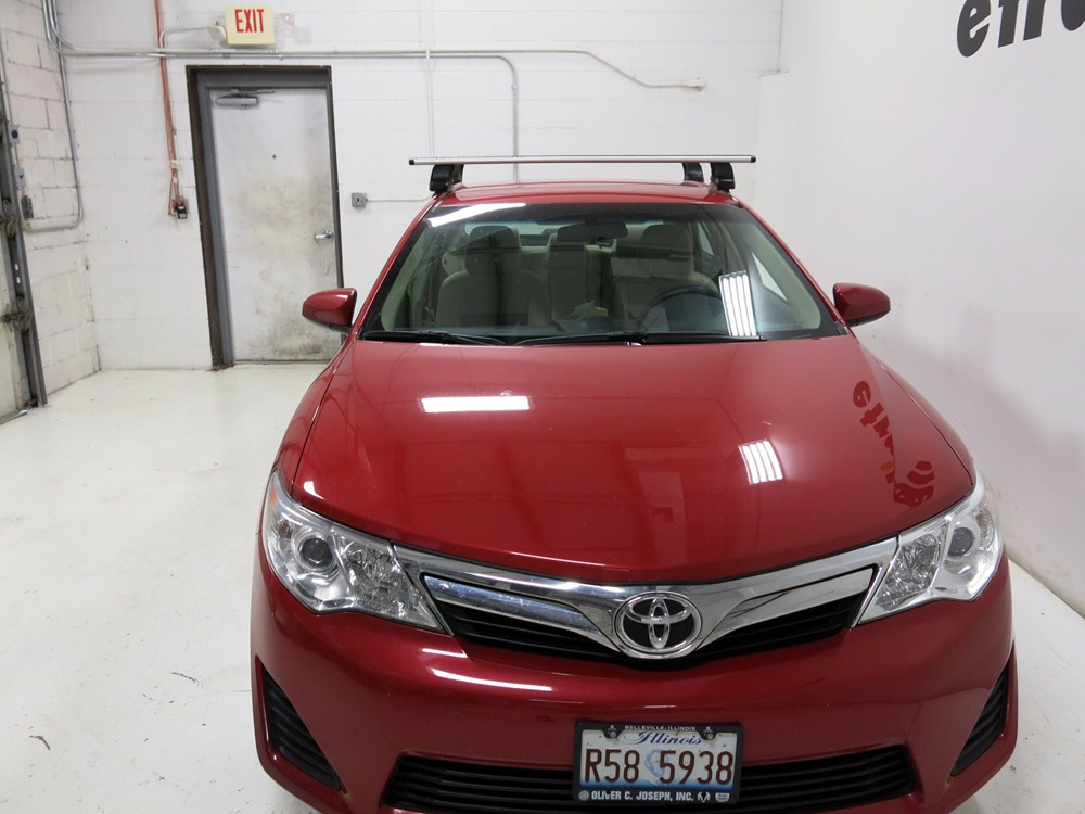 Thule Roof Rack For 2012 Camry By Toyota Etrailer Com