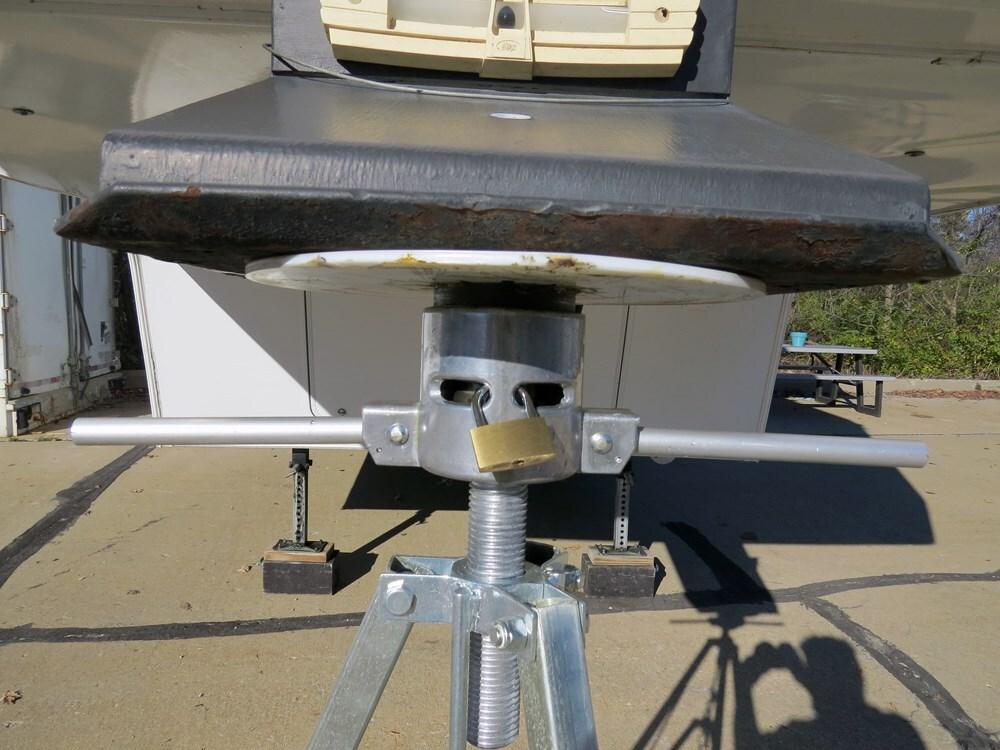 Fifth Wheel Stabilizer : Ultra fab th wheel king pin tripod stabilizer steel