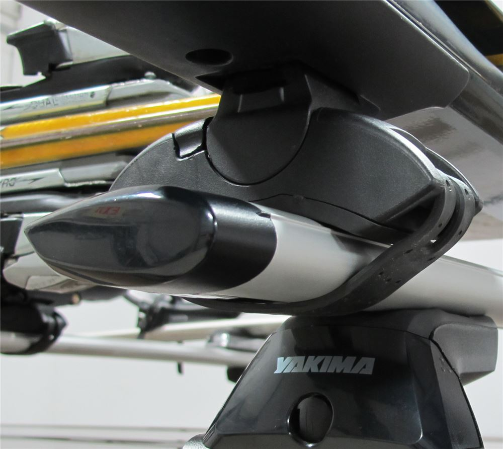 Yakima Roof Rack For 2008 Astra By Saturn Etrailer Com