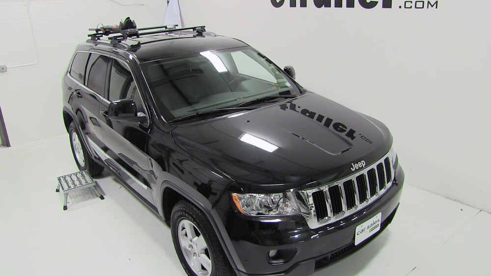 2016 jeep grand cherokee yakima frontloader wheel mount bike carrier roof mount. Black Bedroom Furniture Sets. Home Design Ideas