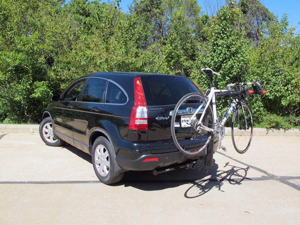 honda cr  yakima doubledown  bike rack     hitches tilting