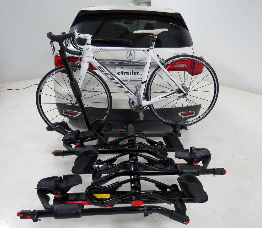 2015 mercedes benz gl class yakima holdup 4 bike rack for Mercedes benz bicycle rack