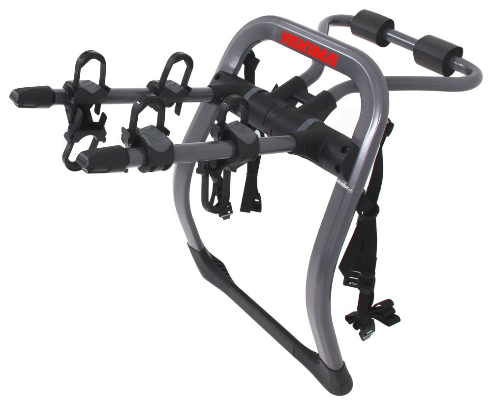 Y02636 - 4 Straps Yakima Trunk Bike Racks