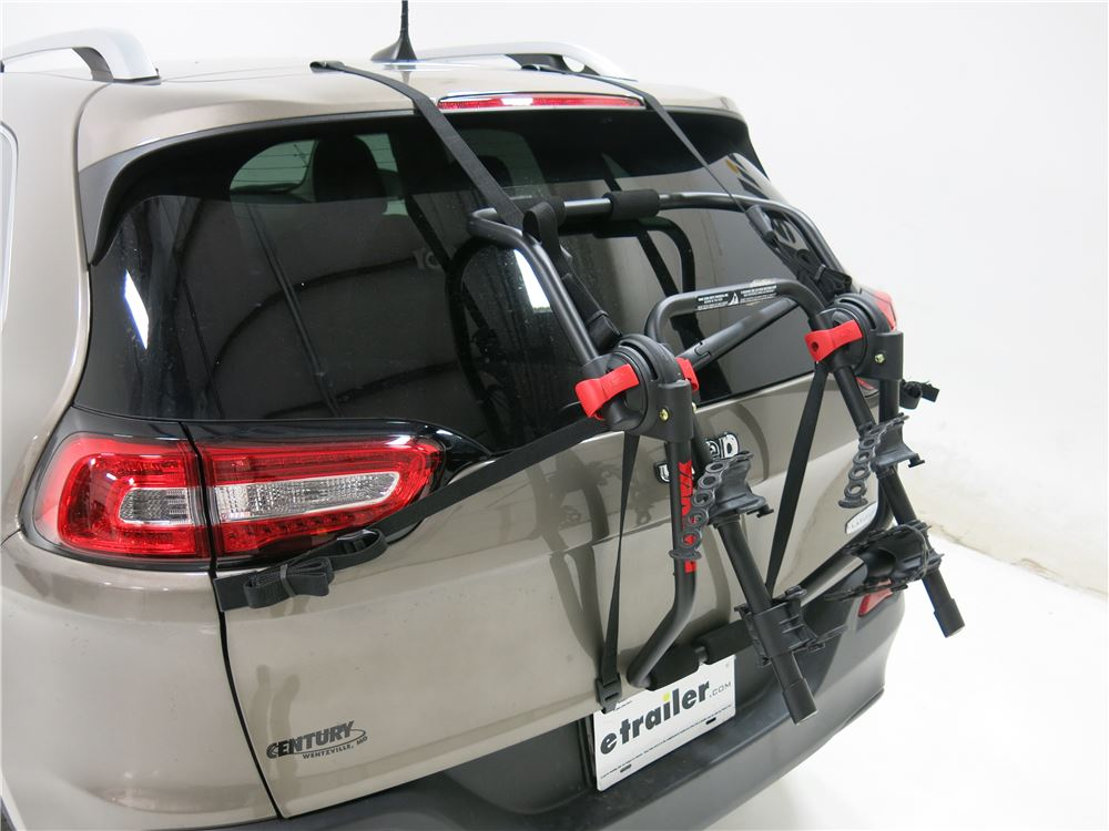 Yakima Hangout 2 Bike Rack Trunk Mount Adjustable Arms Yakima Trunk Bike Racks Y02637