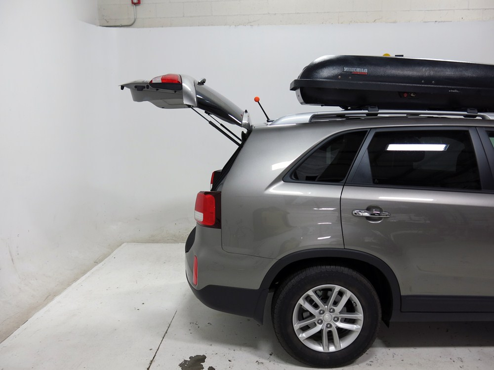 2014 kia sorento yakima rocketbox pro 11 rooftop cargo box. Black Bedroom Furniture Sets. Home Design Ideas